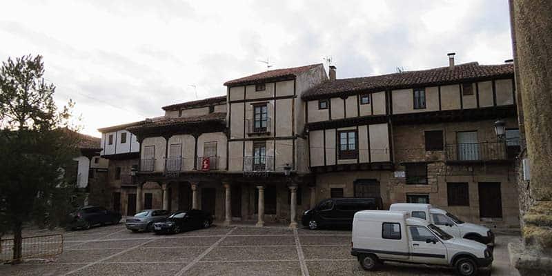 plaza del trigo - atienza - pueblos bonitos guadalajara
