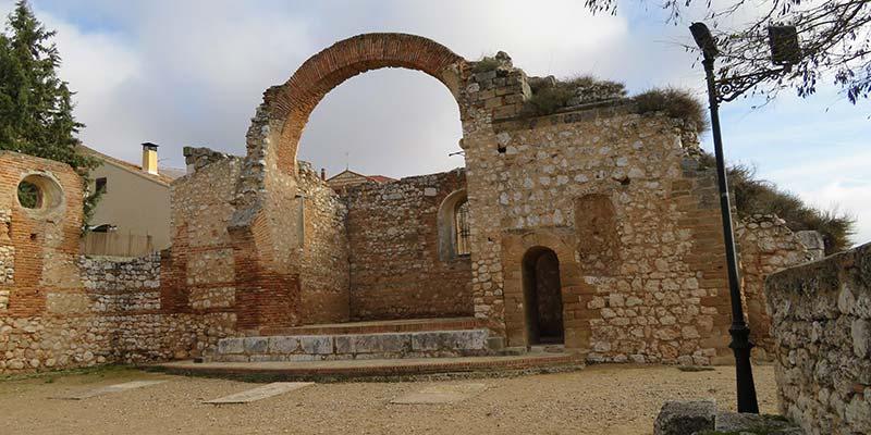 ruinas iglesia de san pedro - hita