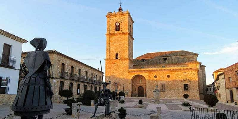 iglesia parroquial de san antonio abad - el toboso - pueblos bonitos de toledo