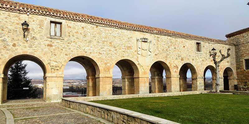 plaza de santa clara y mirador de los arcos