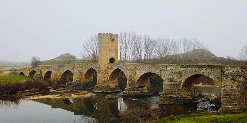puente medieval frias - pueblos bonitos de burgos